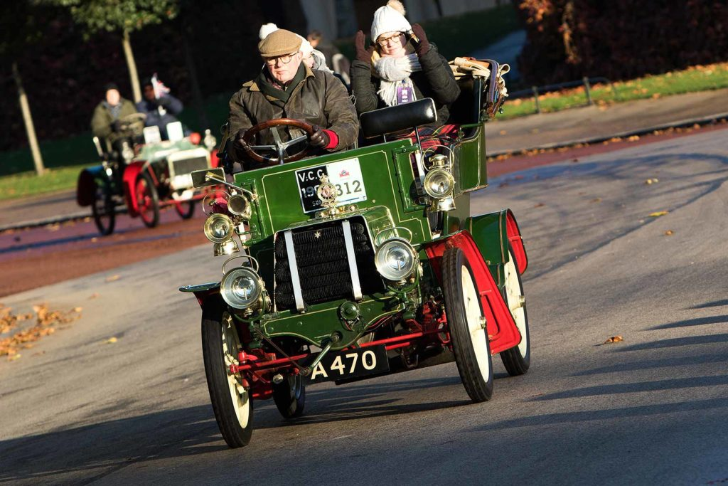 Cars leaving London on the annual London to Brighton Vintage Car Race